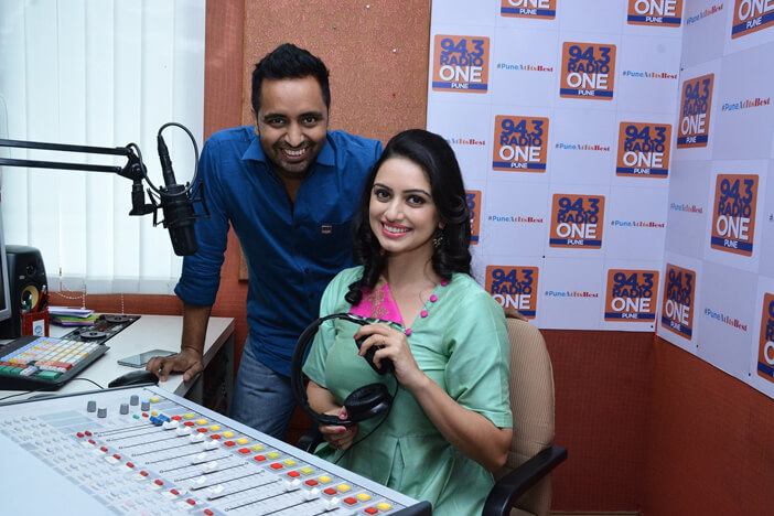 MJ Tarun with Shruti Marathe
